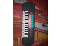 Yahama Electronic Keyboard
