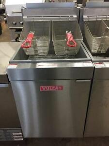 NEW VULCAN 70LB GAS OR PROPANE FRYER SUPER SALE - WE WILL BEAT ANY PRICE
