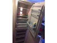 HUGE Fridge / Freezer Hotpoint working Very Well Pick UP Only