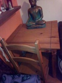 Table 2 chairs light oak wood good condition for£20