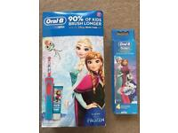 ( New and sealed ) Oral-B Stages Power Kids Electric Toothbrush - Frozen with 4 refills