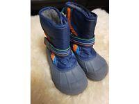 82abdbc70739 Next Boys Snow Boots size 8 UK (junior)
