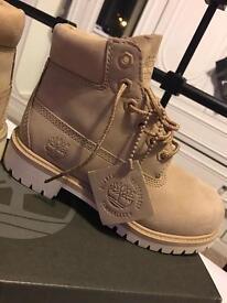 Unisex timberland boots brand new