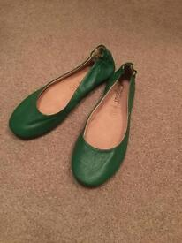 Unworn women's New Look pumps - size 6