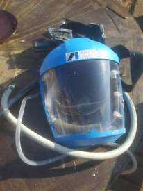 Air fed mask a nest iwata