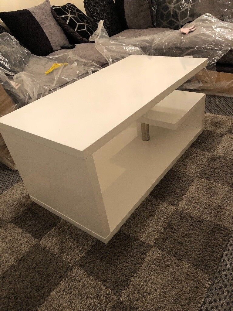 High Gloss White Coffee Table With Blue Led Lights In St Helens Merseyside Gumtree