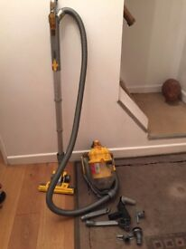 DYSON TELESCOPIC HOOVER SPARE GARAGE CHRISTMAS