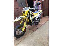 Suzkui drz400 sm (Yamaha,Ktm,Honda,enduro,trails,cr,yzf,crk,)