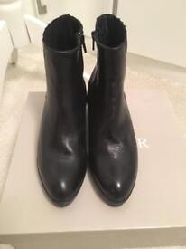 New In The Box Cafe Noir Leather Ankle Boots size 3
