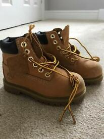Timberland boots - as new - kids size 8