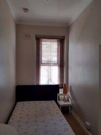 SPACIOUS-Stunning Two Bedroom Flat to rent-Kilburn W9