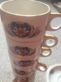 Vintage Picnic Cups and Saucers