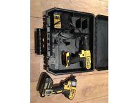 Dewalt 18v combi drill impact driver charger battery