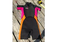 Girls Short Wetsuit age 7 to 8