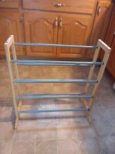 Shoe rack 23 inches long to 42 inches long