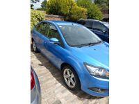 2010 Ford Focus 1.6 Zetec. Full MOT. Blue