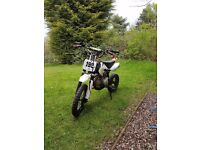 M2r 125cc pitbike UPSIDE DOWN FRONT FALKS SNAP BACK LEAVERS DOUBLE EXHASUST PIPE runs and rides look