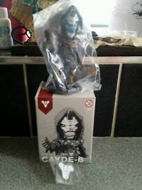 Destiny CAYDE-6 bobble head and pin badge