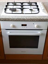 Hotpoint intergrated oven and hob with extractor fan