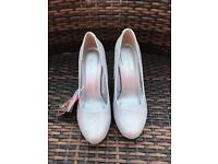 Women's silver sparkly shoes size 6