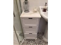 White bathroom drawers cabinet