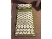 Bed of Nails Cellulite/Detoxing Acupuncture Mat & Pillow