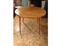 Pine kitchen table round with extension