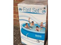 10ft Fast Set Pool with filter pump