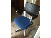 Computer desk chair for sale good condition