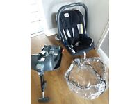 Britax Infant Carrier with Isofix Base