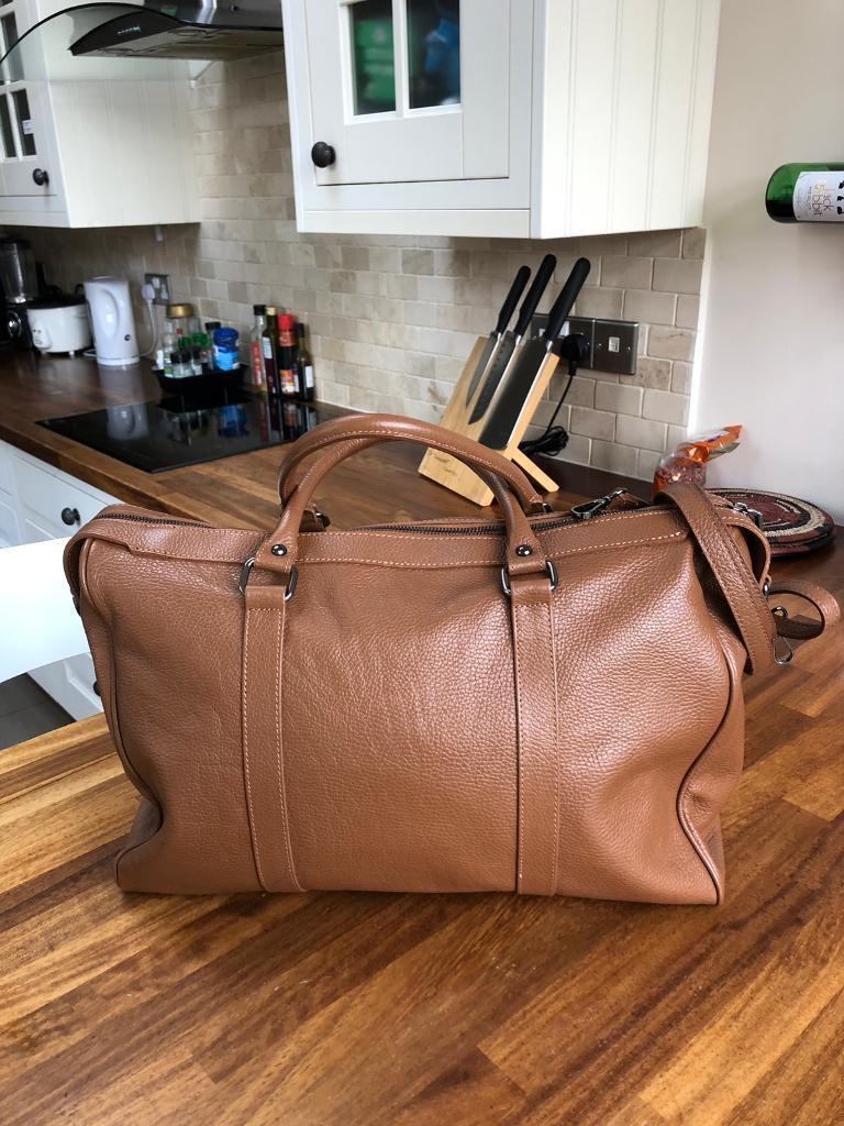 1f84ba2a6e3aa2 Maison Heritage leather bag