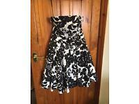 Black & white flower dress size 12