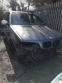 2001 BMW X5 3.0 DIESEL AUTO BREAKING FOR PARTS