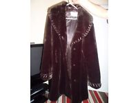 BROWN IMITATION FUR COAT LONG LENGTH KEEP YOU LOVELY AND WARM IN A EXCELLANT CONDITION
