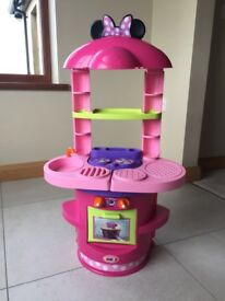 Kids kitchen (Minnie mouse)