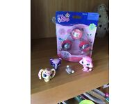 Bnwt Littlest Pet Shop balls and figures
