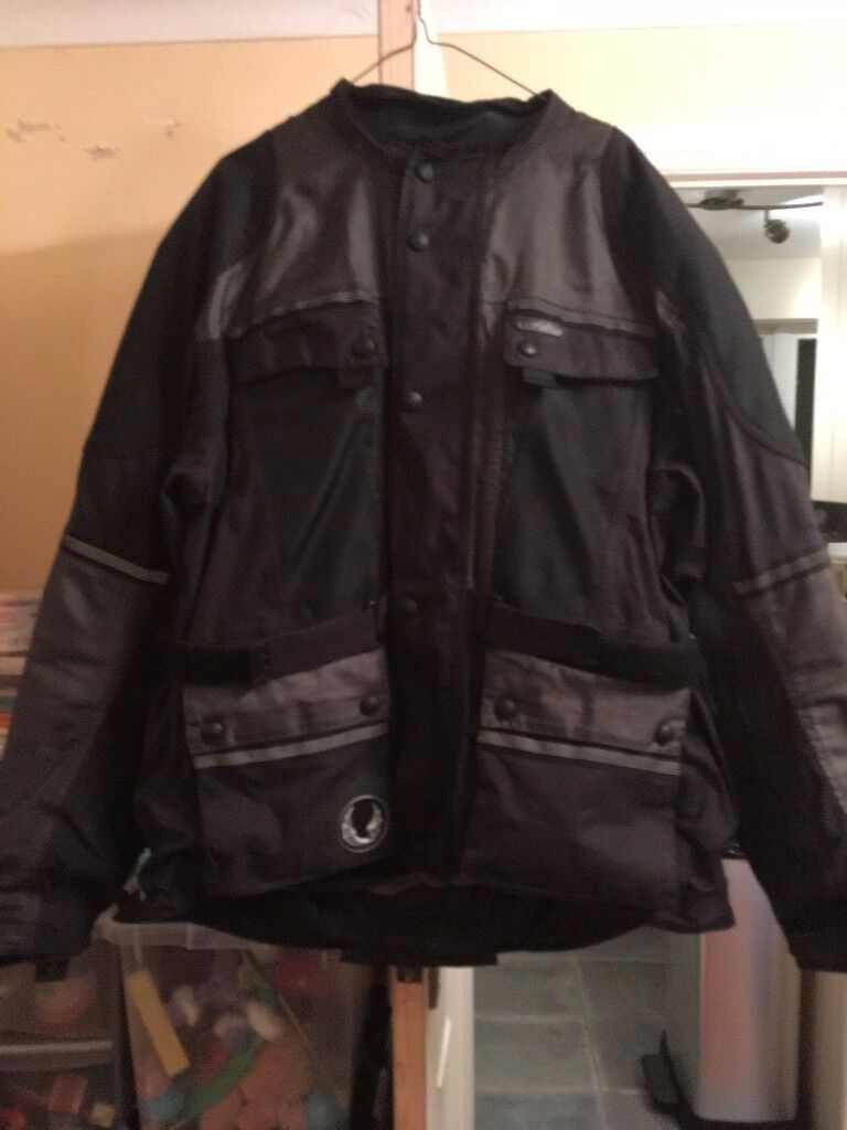 BELSTAFF JACKET AND TROUSERS SIZE 2XL