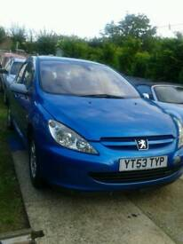 Breaking Peugeot 307 HDI, 2.0 turbo diesel good engine can be heard running all parts available