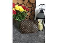Louis Vuitton Handbag Clutch Bag Neverfull Handbag Make Up Bag Travel Bag Wash Bag