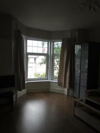 Beautiful double room forest avenue west end