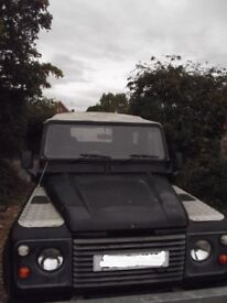 Land rover defender 90 v8