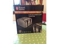 RUSSELL HOBBS FOUR SLICE WIDE SLOT TOASTER