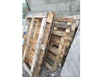5 free wooden pallets for collection