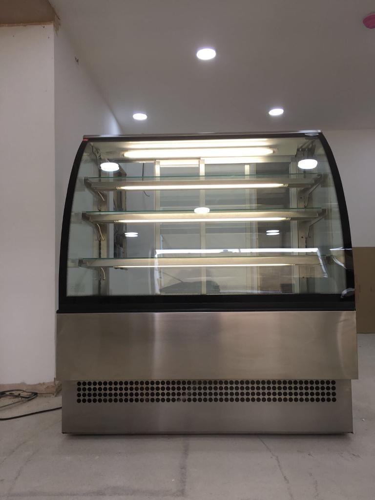 ** 2015 Interlevin Evo 1200 SS Patisserie Cake Display **