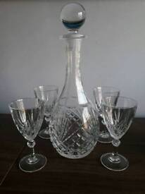 Cut crystal decanter and 6 glasses