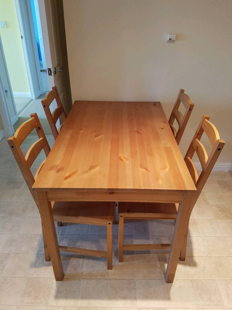 Table and chairs £25 ONO