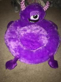 Monster pet bed
