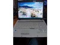 Acer Aspire 7720Z Intel Dual Core , 17'' lcd, 2x 160GB HDD 3GB RAM Windows 7 Laptop
