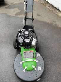 Weed and moss remover machine
