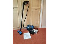 Morphy Richards Compact Steam Cleaner with accessories